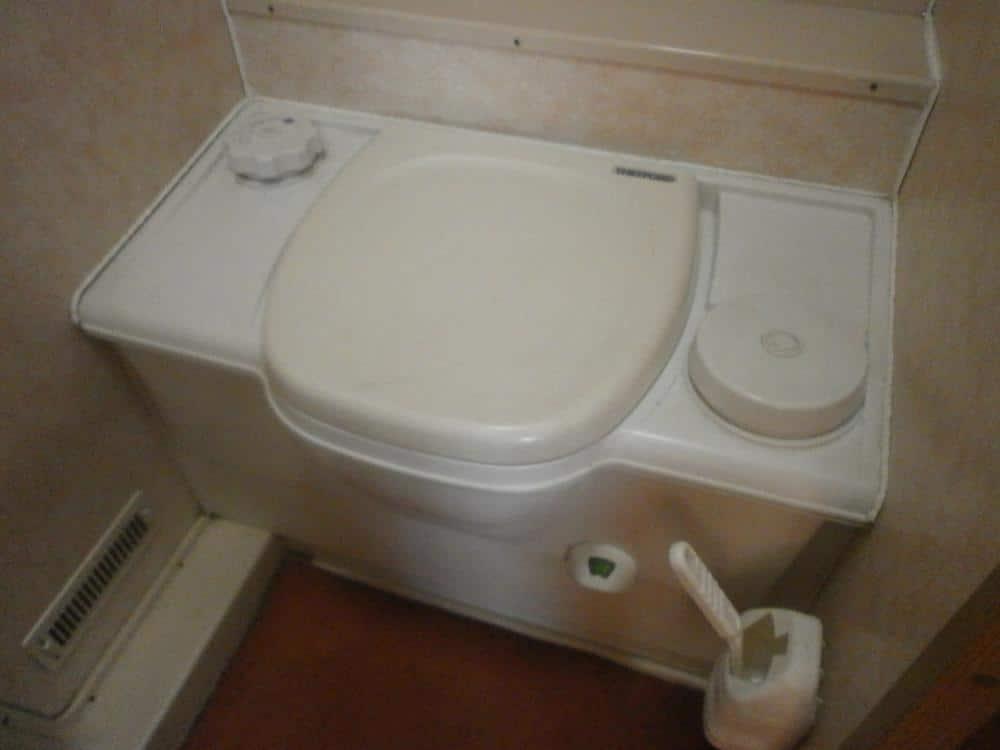 Thetford Cassette Toilet : Best caravan toilet caravan helper