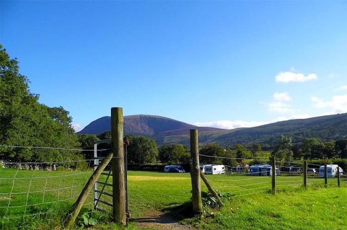 Tyn Yr Onnen Farm, Waunfawr, Caernarfon.
