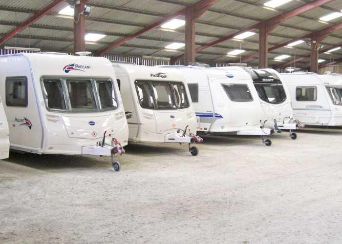 Camping De Courte Vallée Caravan Storage