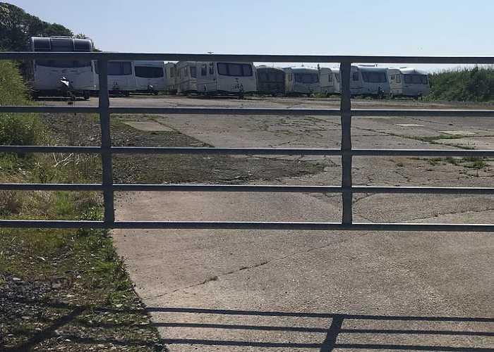 Caravan Storage at Portesham Dairy Farm