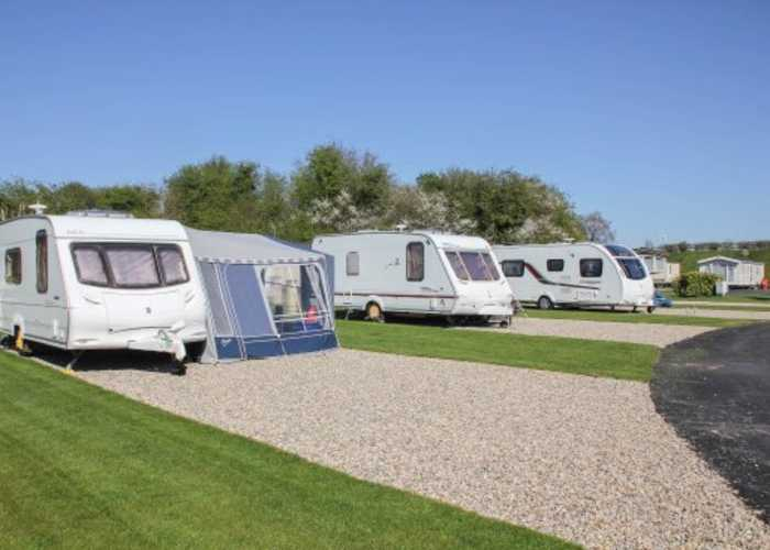 What is a Fully Serviced Motorhome_Caravan Pitch