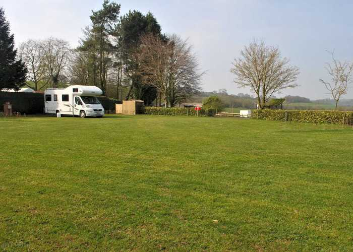 SPRINGFIELDS COUNTRYSIDE CARAVAN AND CAMPING